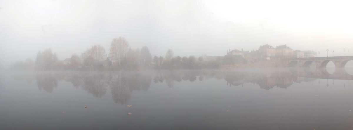 terrasson_brume_panorama_automne_001